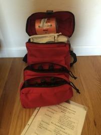Gefüllte Erste Hilfe Tasche
