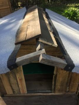 Dachüberhang mit Dachpappe