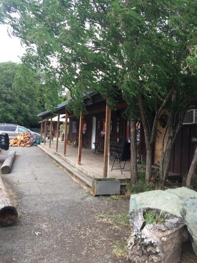 Bar von Hyampom